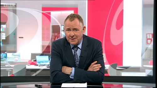 Jamie Owen - BBC Wales - Leaves (26)