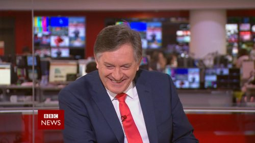 Afternoon Live with Simon McCoy - BBC News Promo 2018 (10)