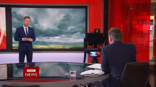 Afternoon Live with Simon McCoy - BBC News Promo 2018 (7)