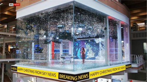 Happy Christmas - Sky News Promo 2018 (5)
