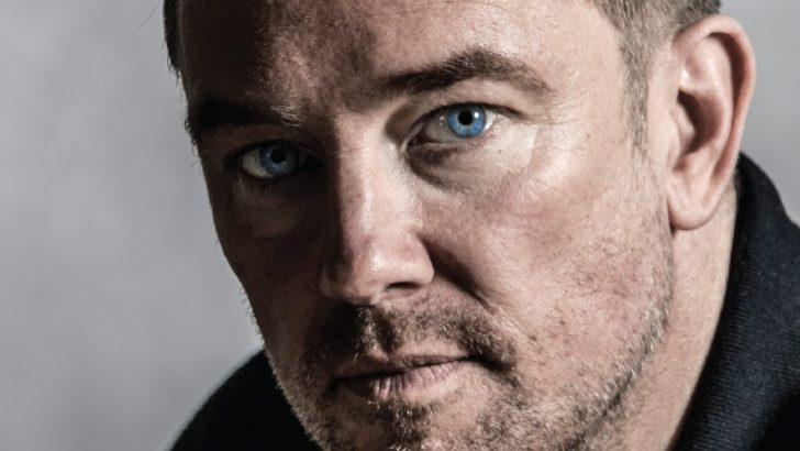 Former Sky Sports presenter Simon Thomas to release his first book in June 2019
