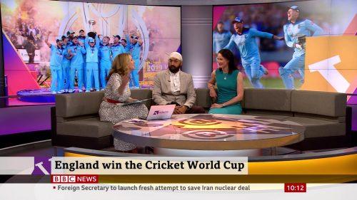 BBC News Presentation 2019 - Victoria Derbyshire (7)
