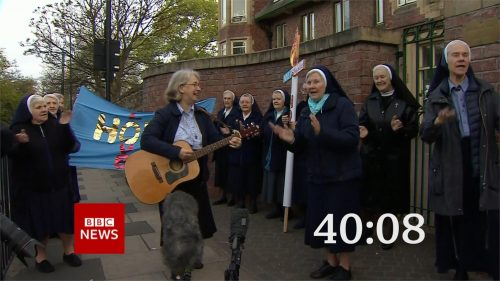Clap for Carers - BBC News Countdown 2020 (5)
