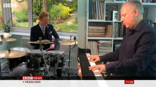 BBC's Owain Wyn Evans & Steve Rosenberg play MOTD Theme