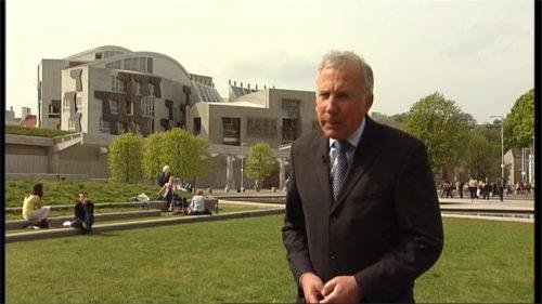 Harry Smith Dies - ITV News Correspondent - STV Tribute (17)