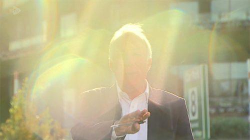 Harry Smith Dies - ITV News Correspondent - STV Tribute (22)